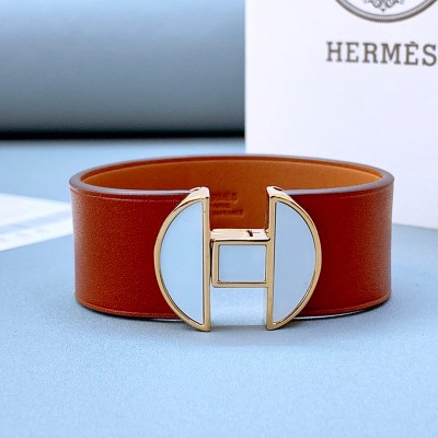 Hermes 2002 Bracelet Brown