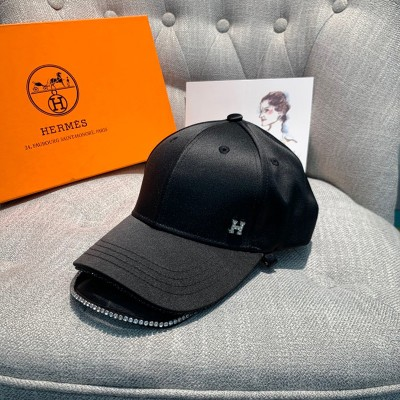 Hermes Crystal H Silk Baseball Cap In Black