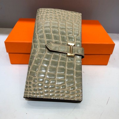 Hermes Bearn Wallet Alligator Leather Gold Hardware In Grey