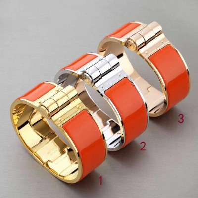 Hermes Hinged Enamel Bracelet In Orange