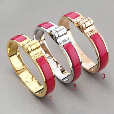 Hermes Hinged Enamel Bracelet In Rose