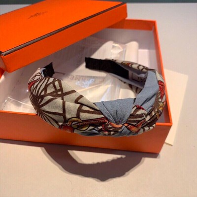 Hermes Horse Chain Print Headband Grey