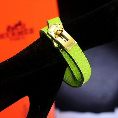 Hermes Kelly Double Tour Bracelet In Green
