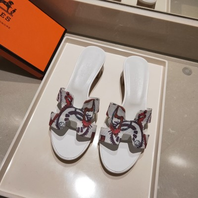 Hermes Oasis Sandal With Fantaisie Botanique Print Cotton Canvas White