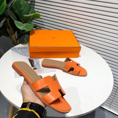 Hermes Oran Sandal Calfskin In Orange