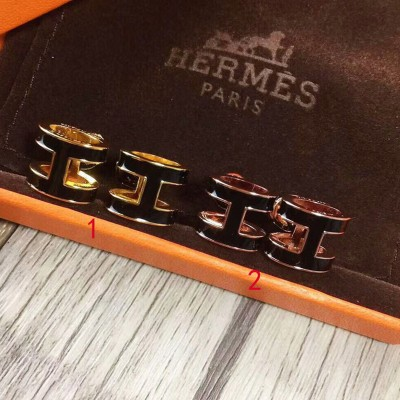 Hermes Pop H Earrings In Black