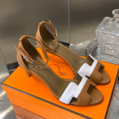 Hermes Premiere 70 Sandal Calfskin In Brown/White